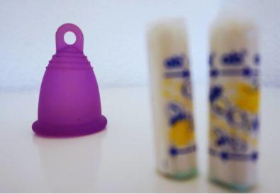 zweitoechter-Menstruationstasse-umweltfreundlich-und-guenstige-Alternative-zu-Tampons