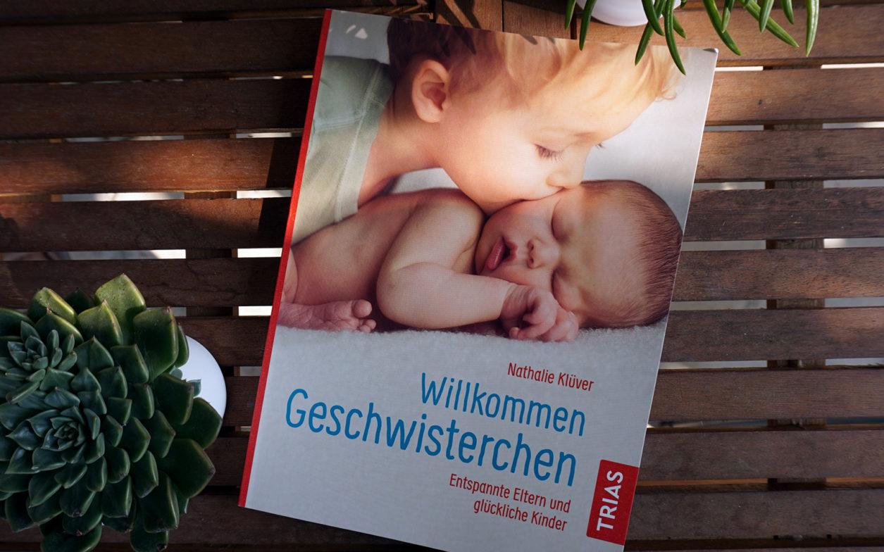 """2. Kind und nun. Rezension von """"Willkommen Geschwisterchen"""" von Nathalie Klüver"""