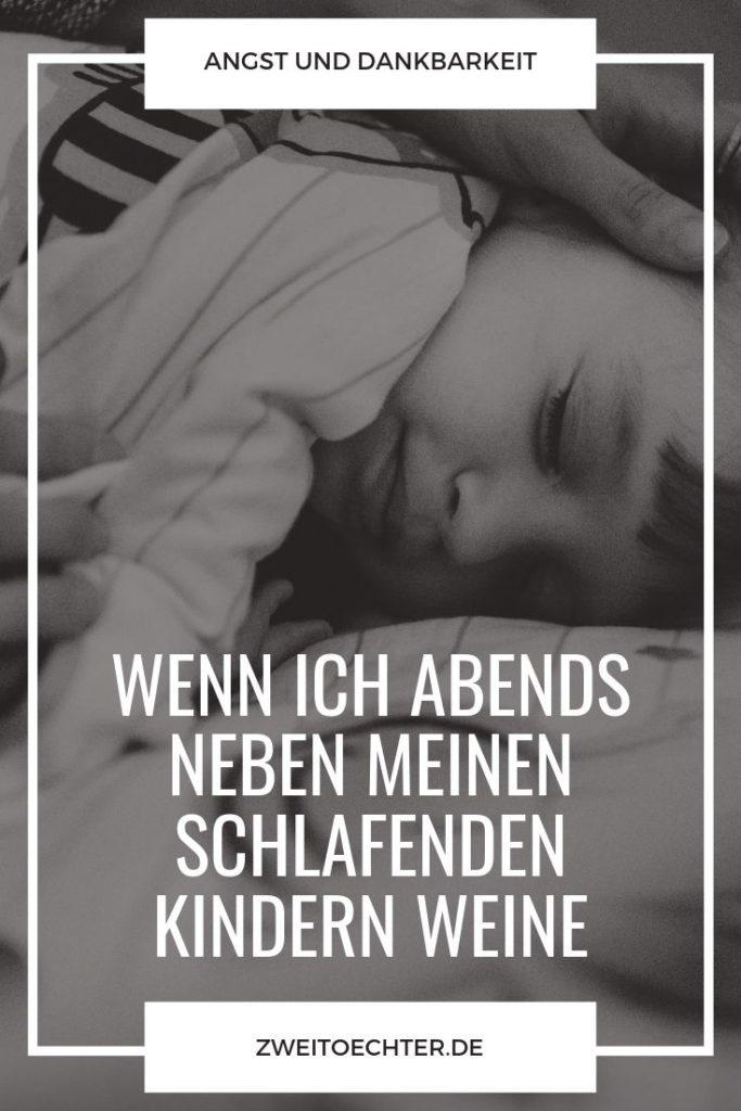 Über Angst und Dankbarkeit: Wenn ich abends neben meinen schlafenden Kindern weine. Photo Credit: Chiara Doveri
